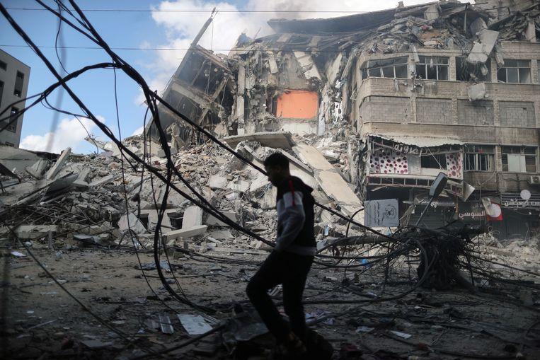 De meeste inwoners van Gaza blijven binnen om zo goed als het kan te schuilen voor de luchtaanvallen.  Beeld Reuters