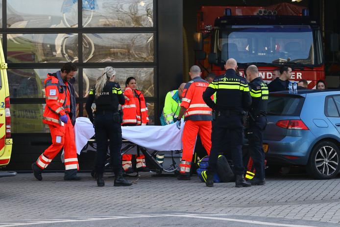 Het slachtoffer is opgevangen bij de brandweerkazerne in Schiedam.