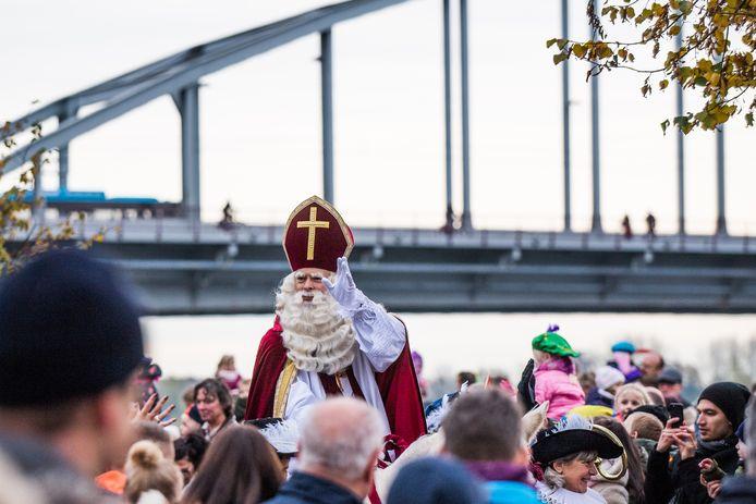 De aankomst van Sinterklaas aan de Rijnkade in Arnhem in 2019.