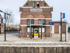 Wandelbrug tussen station Kesteren en nieuwbouwwijk Casterhoven?