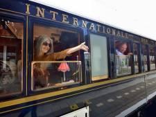Wereldberoemde Orient Express maakt korte tussenstop van vier minuten op station Roosendaal