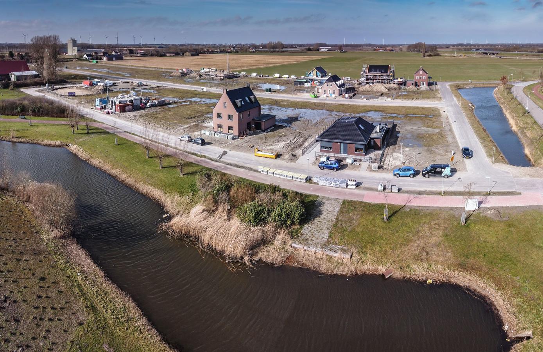 De Waterwijk in Fijnaart. De belangstelling voor de nieuwbouwwijk is groot.