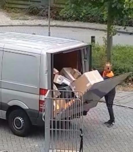 Pakketje kapot? Lelystadse bezorger laat zien hoe dat komt
