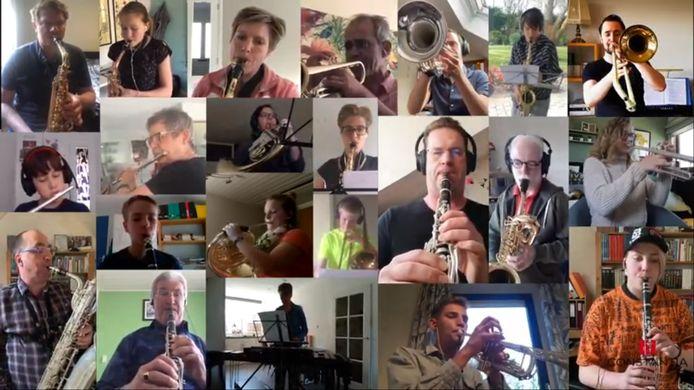 Het Groot en Klein Orkest  van muziekvereniging Constantia spelen samen online 'Brabant' van Guus Meeuwis.