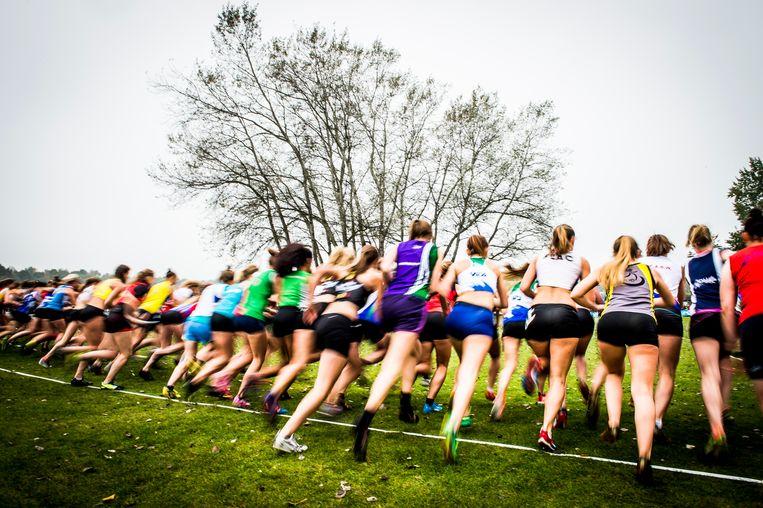 Deelneemsters aan een loopwedstrijd in Gent. Beeld BELGA