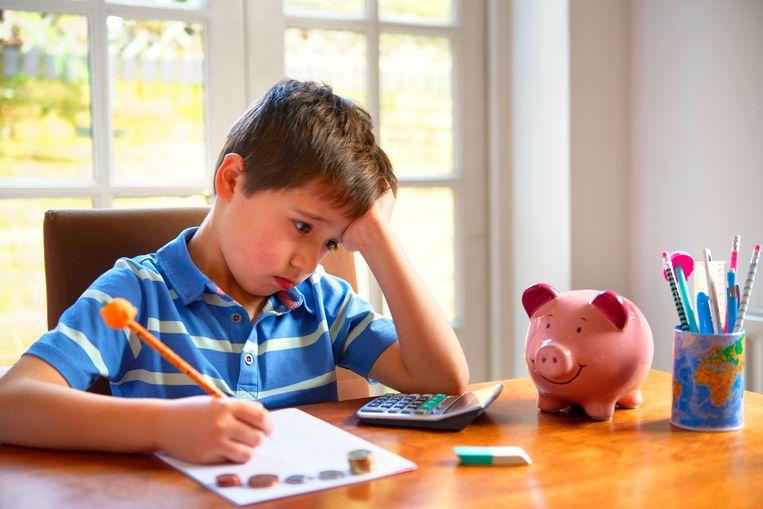 'Het is hoogst onzeker om in kinderen te investeren, wie zegt dat die goed terechtkomen en zichzelf terugverdienen? ' Beeld Getty Images