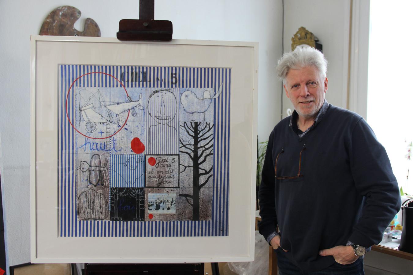 Christian Silvain bij één van de werken in zijn bekende stijl.