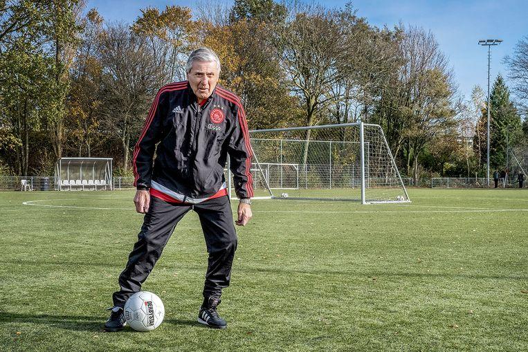 Sjaak Swart: 'Dat Frank niet met echte buitenspelers speelt, is verschrikkelijk'.  Beeld Patrick Post