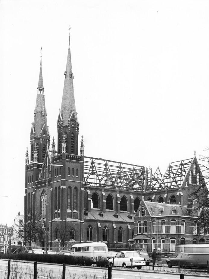 De sloop van de Leonarduskerk in Den Bosch.