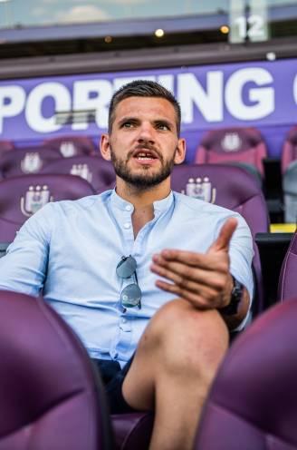 """Hendrik Van Crombrugge ziet extra ervaring en kwaliteit bij Anderlecht, maar: """"Tijd nodig om puzzelstukjes in elkaar te doen passen"""""""