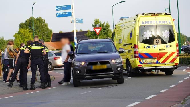 Man op elektrische step gewond na botsing met auto in Dongen