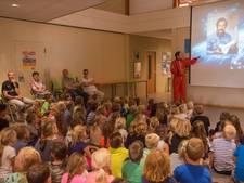 Willibrordus betaalt in Alphen niet meer voor lampen, maar neemt een abonnement op licht