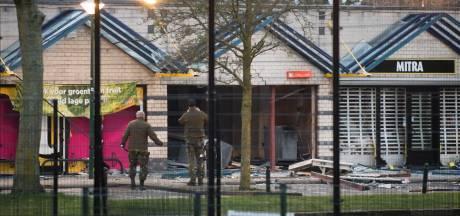 Wethouder stelt winkeliers De Heul gerust na plofkraak: winkels zo spoedig mogelijk gerepareerd