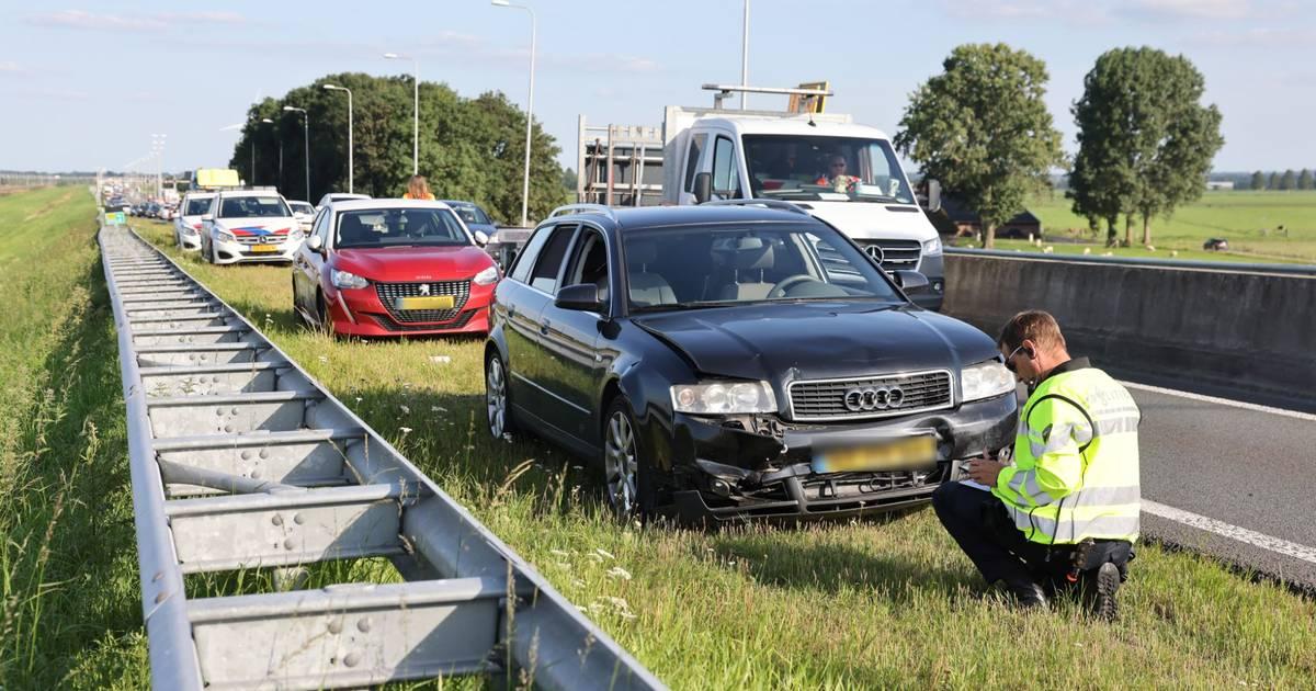 Boem! Opnieuw staat het stil op ongelukkenweg N50 tussen Zwolle en Kampen.