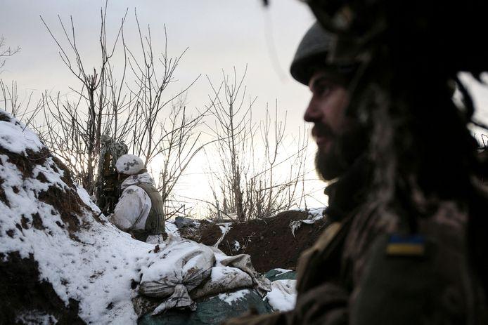 La guerre dans l'est de l'Ukraine, qui a fait plus de 13.000 morts depuis son déclenchement, avait commencé peu après la fuite en Russie d'un président ukrainien prorusse et l'arrivée au pouvoir à Kiev de pro-occidentaux. Dans la foulée de ce changement de régime, Moscou avait par ailleurs annexé la péninsule ukrainienne de Crimée.
