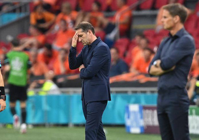 De Oostenrijkse bondscoach Franco Foda weet het even niet meer.
