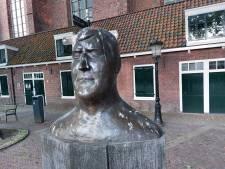 Beeld van Anton Geesink onder de vogelpoep: 'Is dit de manier waarop de gemeente hem eert?'