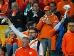 Poll: De positie van Blind is onhoudbaar na debacle in Sofia