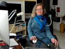 Poliopatiënt uit Staphorst schrikt van beleid: 'Zie mij, ik ben nooit ingeënt en zit in een rolstoel'