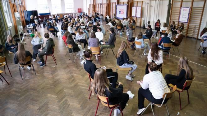 Leerlingen Atheneum geven zich bloot op Challenge Day