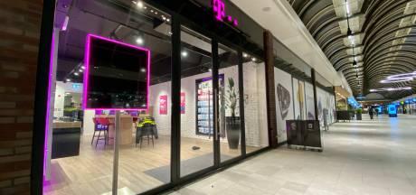 Arnhemmer (20) overviel high van de XTC een telefoonwinkel: 'Ga naar de kluis, anders steek ik je'