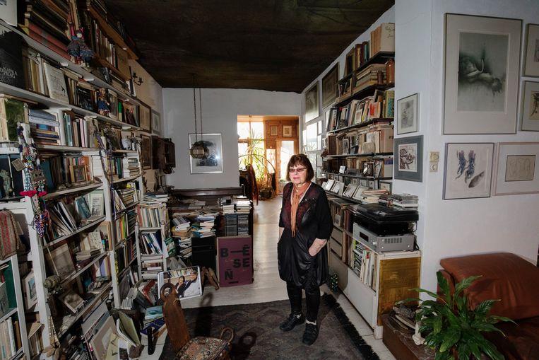 De dichter Jana Beranová vond haar draai in Rotterdam en maakte theater en vertaalde ook werk van dichters die in eigen land verboden waren, onder wie Milan Kundera. Beeld Inge Van Mill