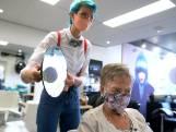 Een droom die uitkomt: kapster Loes mag de styling van de Songfestival-sterren verzorgen
