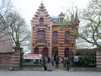 """Geen overnemer voor Huis Hellemans gevonden, PVDA voert opnieuw actie tegen privatisering: """"Kunst moet hier centraal blijven"""""""