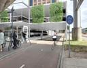 De nieuwe tijdelijke fietsenstalling achter het station die de komende tien tot twaalf jaar plaats moeten bieden aan 800 fietsen.