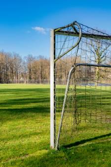 Gaat amateurvoetbal het seizoen nog afmaken? KNVB houdt twee opties over, maar moet afwachten
