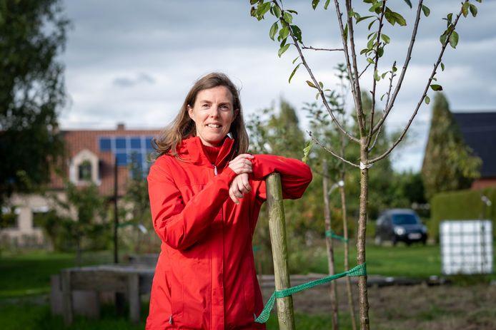 Ilse Eelen plantte voor haar 50ste verjaardag 50 bomen en wil er nog 250 nieuwe planten