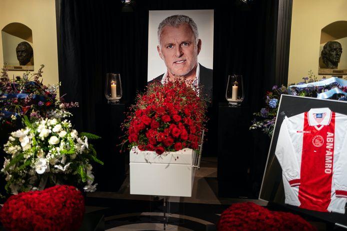 Duizenden mensen kwamen gisteren naar Amsterdam om Peter R. de Vries een laatste eer te bewijzen.