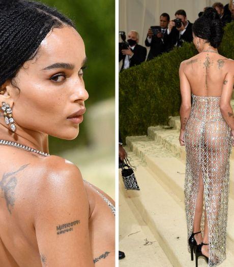 """Zoe Kravitz en robe """"transparente"""" persiste et signe: """"C'est juste un corps. Nous en avons tous un"""""""
