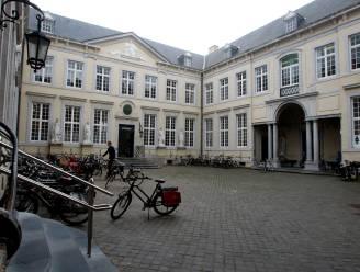 """Podcast 'Werken bij Brugge' zet stadsmedewerkers en hun projecten in de kijker: """"Ze zijn met straffe dingen bezig"""""""