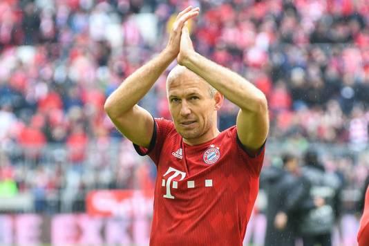 Robben bedankt de supporters.