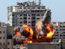 """L'agence AP """"choquée et horrifiée"""" par la frappe israélienne contre ses bureaux: les journalistes ont eu une heure pour quitter l'immeuble"""