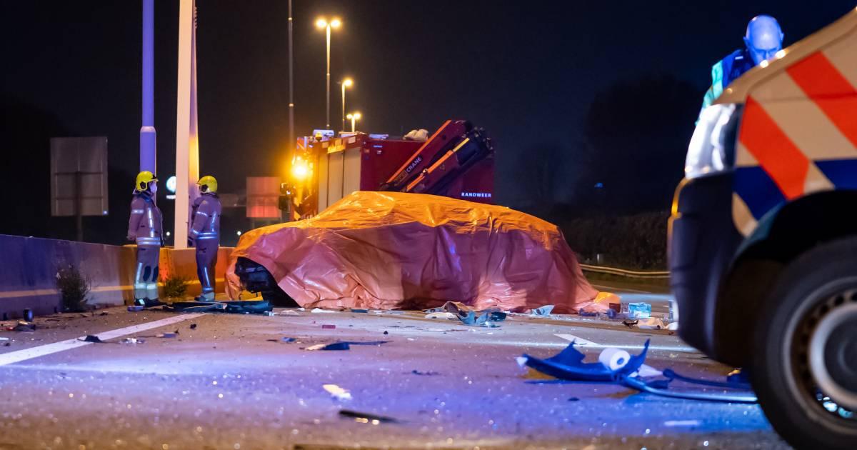 Dode bij zwaar ongeluk op A20 bij Schiedam.