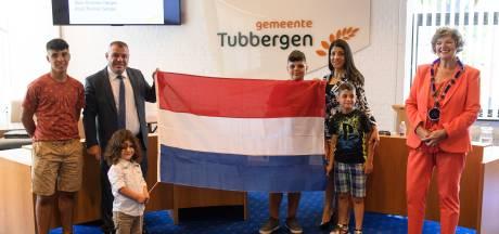Syrisch gezin uit Mariaparochie is veilig' vrij én nu ook officieel Nederlands