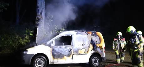 Auto uitgebrand in Geldermalsen