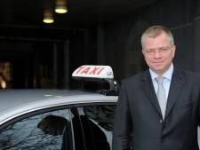 """Antwerpse Taxi Unie niet onder de indruk van stretch limo-taxidienst: """"Kwestie van tijd voor er weer terug regels opgelegd worden"""""""