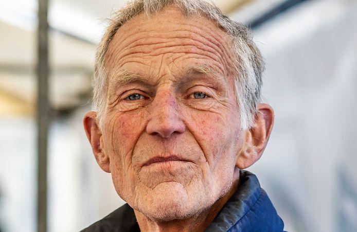 """Kaasboer Freek Atema verlaat na meer dan dertig jaar de boerenmarkt in Utrecht. ,,Ik zal het contact met de klanten missen."""""""