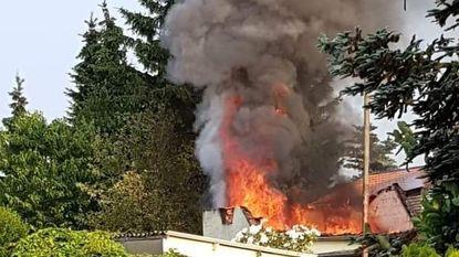Achterbouw woning uitgebrand na kortsluiting