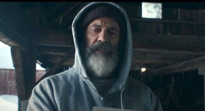 Mel Gibson in Fatman.