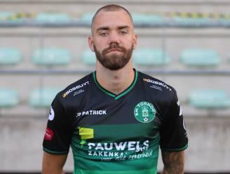 """Laurenz Simoens kiest met Westhoek en Proost Lierse voor dubbele stap hogerop: """"Combinatie van veld- en zaalvoetbal maakt mij een betere speler"""""""