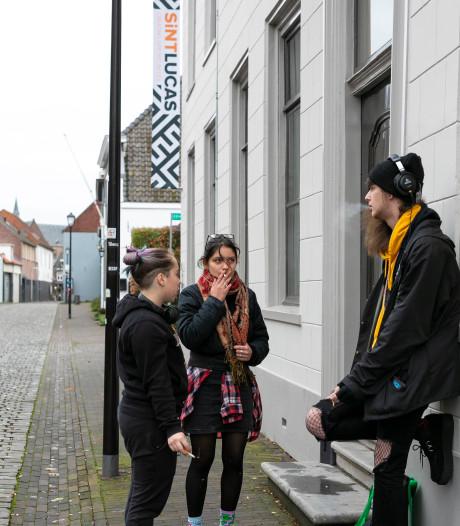 Rookverbod schoolplein Sint Lucas werkt averechts