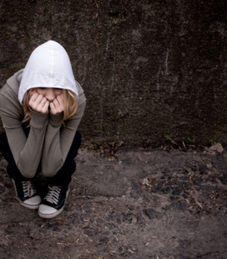 Van vergaande ontucht met dochters verdachte Udenaar (44) weigert wachtwoorden te overhandigen