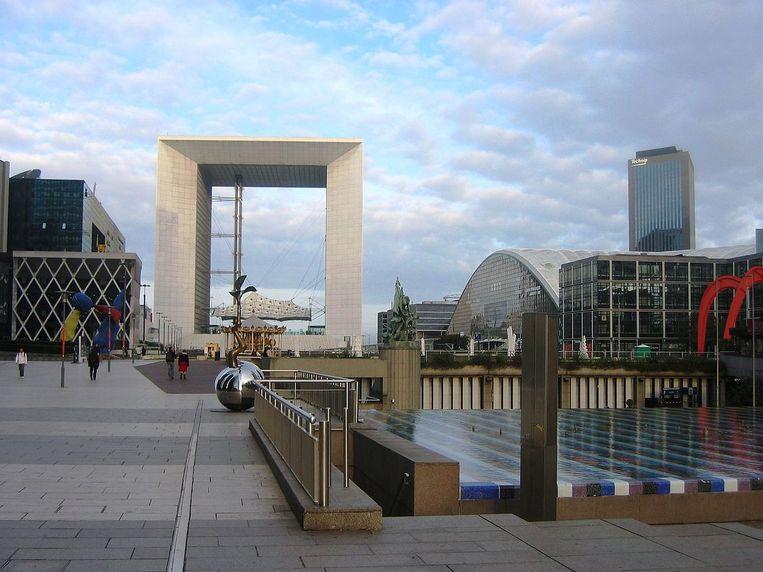 De iconische Grande Arche in Parijs gaat weer open. Beeld Wikimedia Commons/Hein56didden