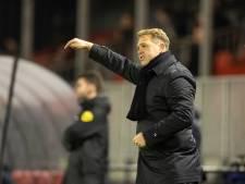 Trainer Ole Tobiasen de laan uitgestuurd bij Almere City