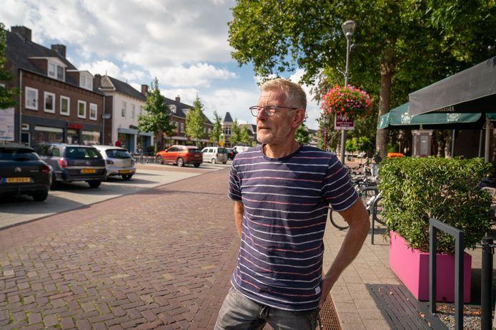 Johan Huitink op de eerste maandag van september, in een Elst zonder paarden en pony's.