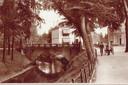 De singel rond 1930, in de richting van de Bekensteinselaan. Links de prachtige stenen brug tussen de Arnhemsestraat en de Arnhemseweg. Op de achtergrond villa Ada.